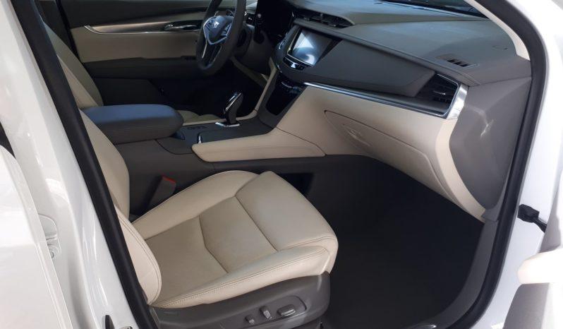 2017 Cadillac XT5 AWD Luxury 51319 KM *Cuir · Toit · Leds · Hayon électrique* plein